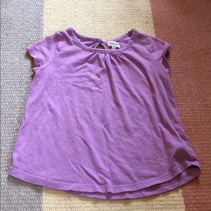 Girls t-shirt with keyhole button on back